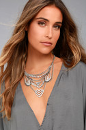 Putting on the Ritz Silver Rhinestone Statement Necklace 3