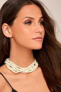 Into the Glitz Pearl Layered Choker Necklace 1