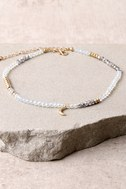 Plea to the Stars Gold and Clear Beaded Choker Necklace 2
