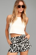 BB Dakota Franco White Print Shorts 2