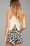BB Dakota Franco White Print Shorts 4