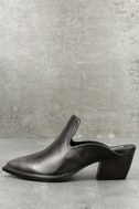 Sbicca Mulah Pewter Leather Pointed Toe Mules 1