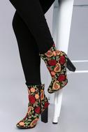 Kupuri Black Embroidered Ankle Booties 4