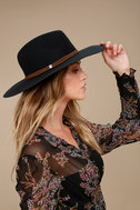 200540003: black- florentine hat 2