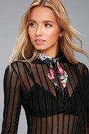 New Friends Colony Dark Blooms Navy Blue Print Choker Necklace 1