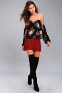 In Your Arms Black Floral Print Off-the-Shoulder Top 7