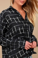 Cozy Nights Black Plaid Flannel Knotted Top 4