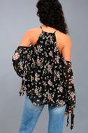Almost Famous Black Floral Print Cold-Shoulder Top 3