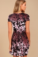 Emiree Black and Mauve Velvet Floral Print Skater Dress 4