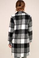 St. Cloud Black and White Plaid Coat 4