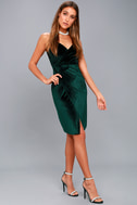 Honey Love Dark Green Velvet Bodycon Dress 2