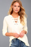 Harvest Cream Hooded Lace-Up Thermal Top 3