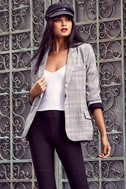 Day by Day Black and White Plaid Blazer 4