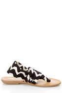 Dirty Laundry Beka 2 Black Zigzag Stretch Thong Sandals