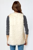 BB Dakota Scotlyn Ivory Faux Fur Vest