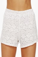 Pantaloon-ey Tunes Cream Lace Shorts