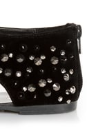 Bamboo Morris 25 Black Studded and Spiked Thong Sandals