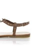 Bamboo Steno 20 Taupe Toe Ring T-Strap Spiked Sandals