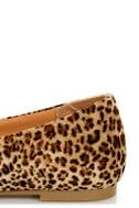 City Classified Sadler Tan Cheetah Pointed Flats