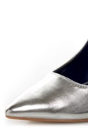 Promise Ivana Silver Metallic Pointed Pumps