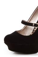 Qupid Pageant 25 Black Velvet Platform Mary Jane Pumps
