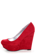 Qupid Worthy 01X Red Suede Platform Wedges