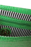 Croc-tail Shaker Green Purse