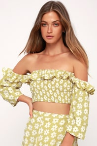 Sybil Washed Green Floral Print Off-the-Shoulder Crop Top 2