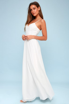 Beach Wedding Dresses Amp Gowns Beach Bridal Dresses Lulus