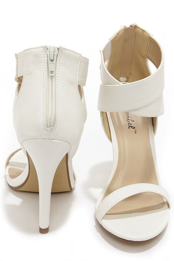 edd09ad6aabd Absolutely Pretty Snow White Heel Shoes for Bride