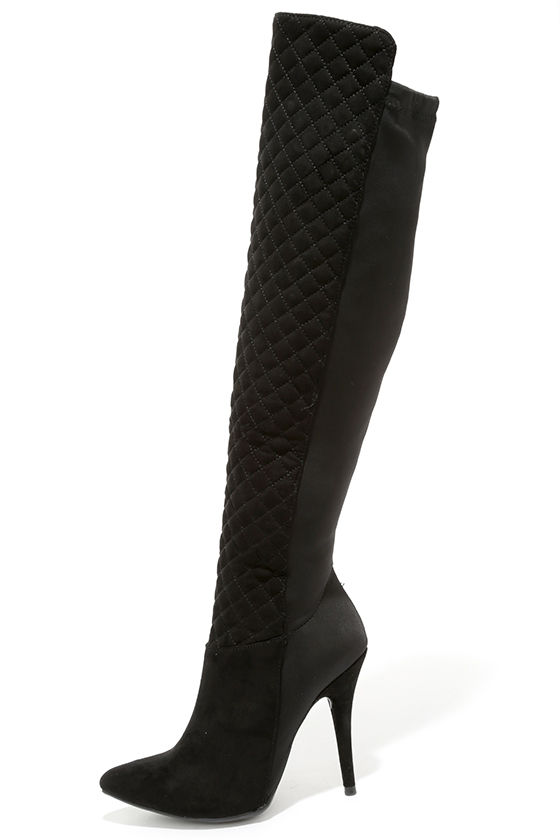 Sexy black boot