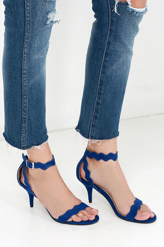 Chinese Laundry Rubie Scalloped Sandal FvJMgG84