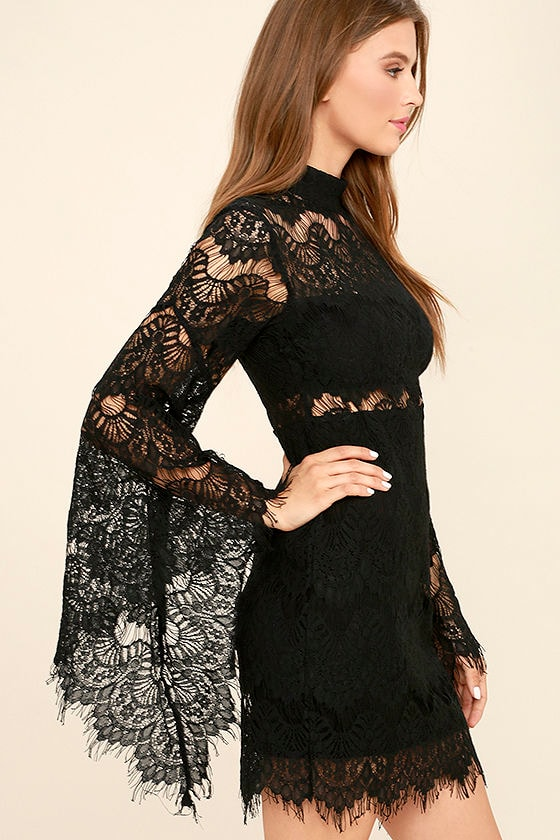 Black dress with bell sleeves pink