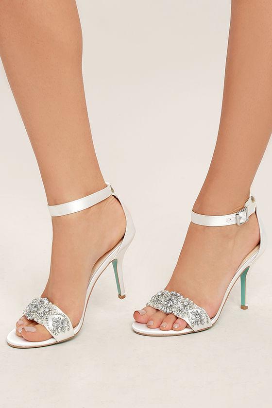 Blue by Betsey Johnson Gina Jeweled Printed Ankle Strap Dress Sandals t26hWwUZj