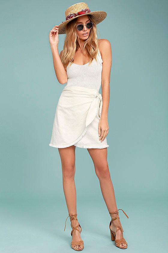 Chic Cream Skirt - Mini Skirt - Wrap Skirt - Tie-Front Skirt