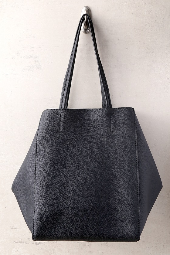 00887d83ed Classic Black Tote Bag. October 29