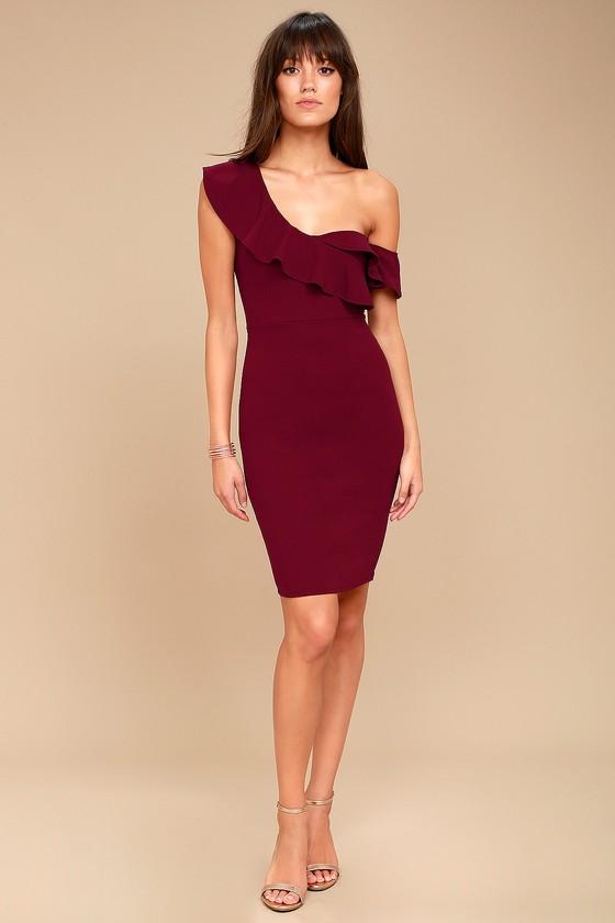 Burgundy off the shoulder bodycon dress