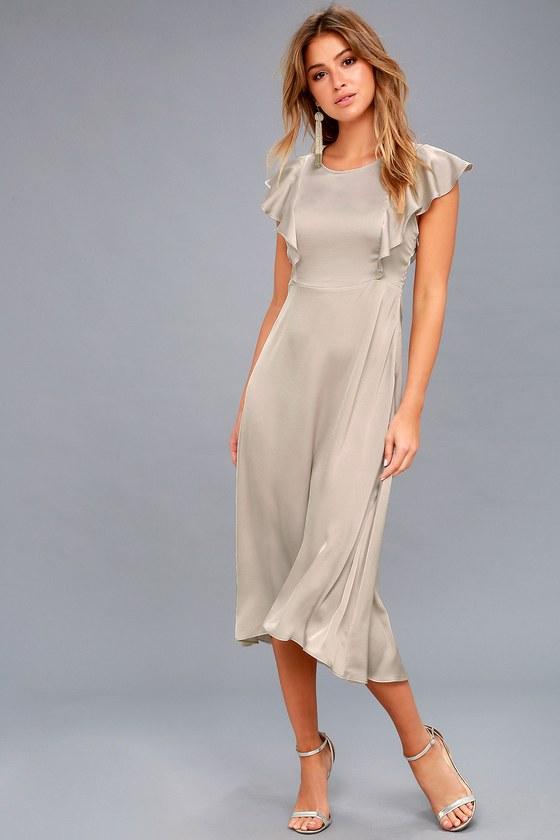 Satin midi dress with sleeves