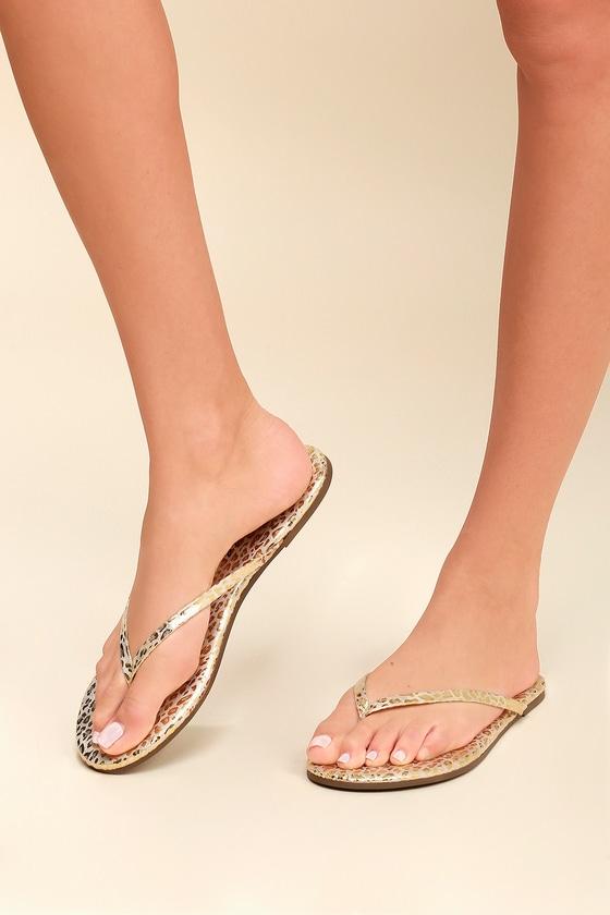 Lulus Malibu Leopard Print Flat Thong Sandal Heels - Lulus dz6EgV