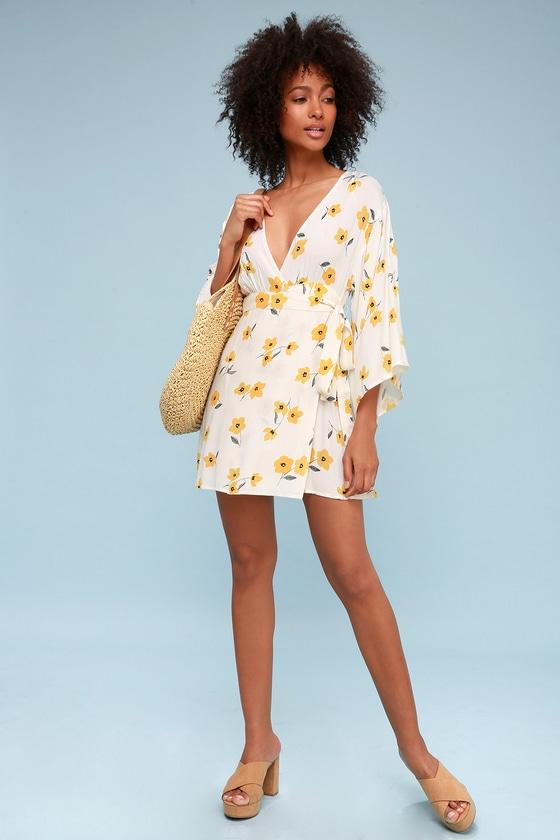 Billabong Relax on High - Cream Floral Print Wrap Dress
