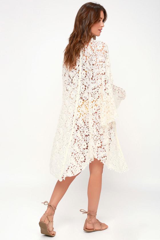 Floral Kimonos Kimono Jackets Amp Kimono Tops At Lulus Com