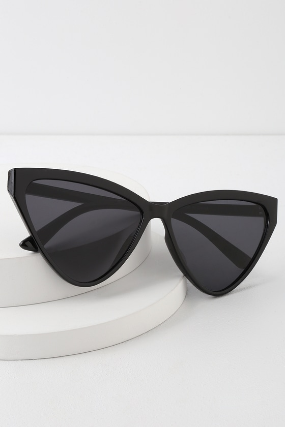 BLONDIE BLACK CAT-EYE SUNGLASSES
