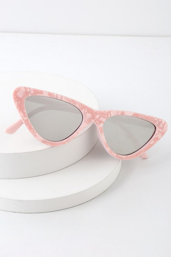 FEELING FIERCE PINK MIRRORED CAT-EYE SUNGLASSES