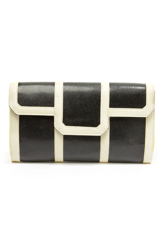 Clutch of Class Black and Cream Clutch at Lulus.com!