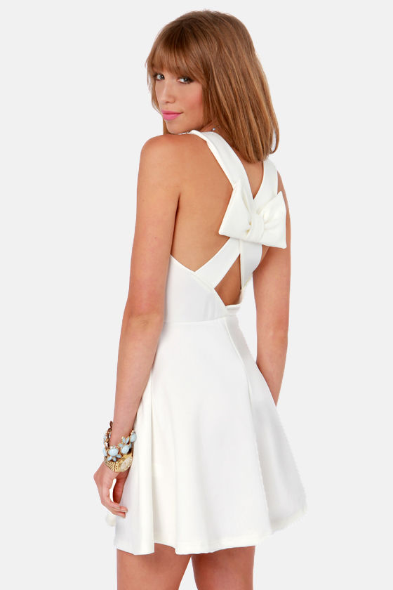 Go With the Bow Ivory Dress at Lulus.com!