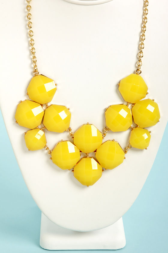 Jewel-cy Fruit Yellow Statement Necklace at Lulus.com!