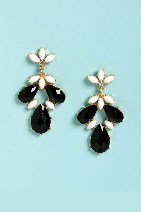 Pa-Gem-a Party Black and White Earrings at Lulus.com!