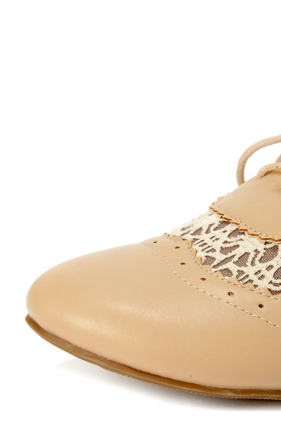 Allen 2 Camel Crocheted Lace-Up Oxfords at Lulus.com!