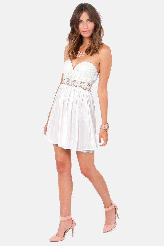Seize the Dainty Lace White Dress at Lulus.com!