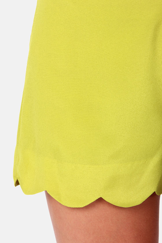 Palm Tree Breeze Chartreuse Shorts at Lulus.com!